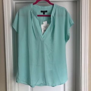 NWT Banana Republic mint short-sleeve popover, L.